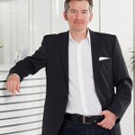 Prim. Univ.-Prof. Dr. Siegfried G. Priglinger - Augenarzt Linz 4020