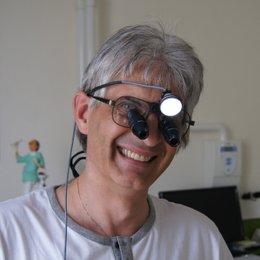 Dr. Stefan C. Wilson - Zahnarzt Linz 4020