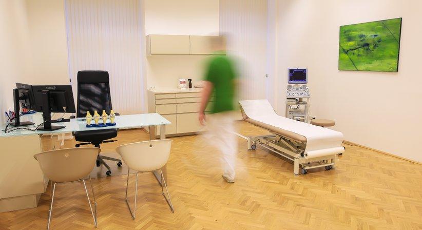Dr. med. univ. Matthias Wolf - Orthopäde Graz 8010