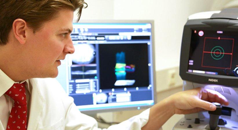 OA Dr. Franz Dirisamer junior, FEBO - Augenarzt Gmunden 4810