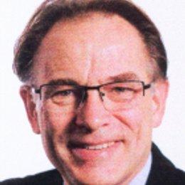 Dr. Erwin Müller - Zahnarzt Krems an der Donau 3500