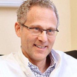 Dr. Martin Scharf - Gastroenterologe u. Hepatologe Wien 1060