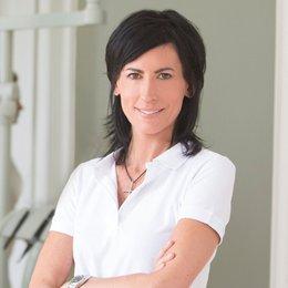 Dr. Pia Faber-Miklautz - Zahnärztin Wien 1060