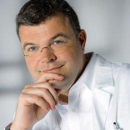 Assoz. Prof. Univ. Doz. Dr. med. Stefan Wolfsberger - Neurochirurg Wien 1090