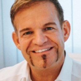 OA Dr. Rene Kaplan - Plastischer Chirurg Mondsee 5310