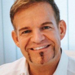 OA Dr. Rene Kaplan - Plastischer Chirurg Salzburg 5020