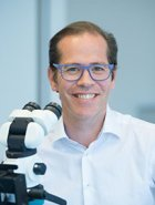 Dr. Stefan Schragl