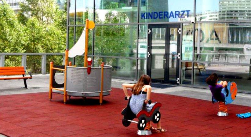 Prim. MedR. Ass.-Prof DDr. Peter Voitl, MBA - Kinderarzt Wien 1220
