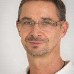 Dr. Oliver Altenhuber - Radiologe Wien 1110