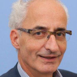 OA Dr. Albert Feichter - Plastischer Chirurg Wien 1060
