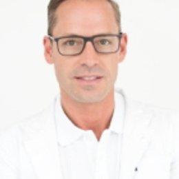 Dr. med. univ. Florian Zeiler - Augenarzt Wien 1220