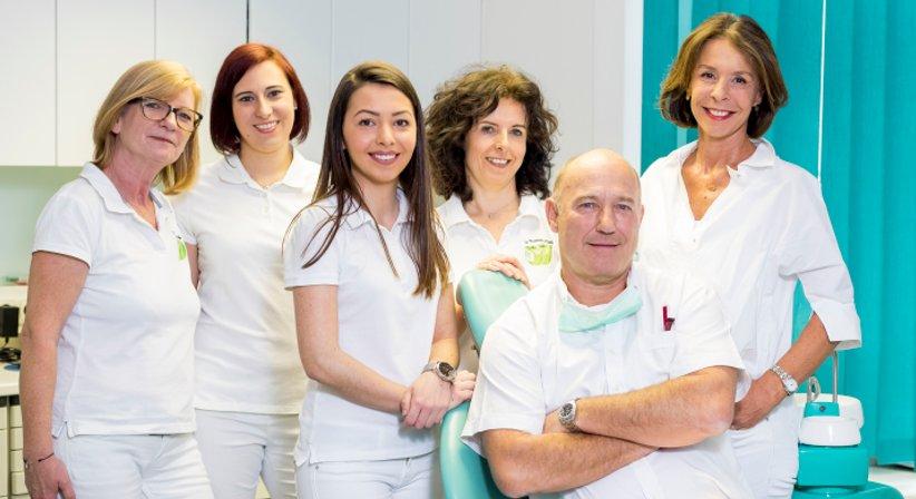 Dr. Thomas Cede - Zahnarzt Wien 1010