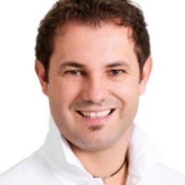 Dr. Thomas Aigner - Plastischer Chirurg Wien 1070
