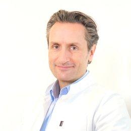 Dr. Dr. med. univ. Nikolaus Redtenbacher - HNO-Arzt Wien 1090
