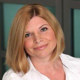 Dr. Martina Sandhofer - Hautärztin Linz 4040